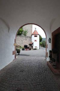 schloss-eberstein-eingang